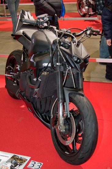 MP2012 Moottoripyöränäyttely